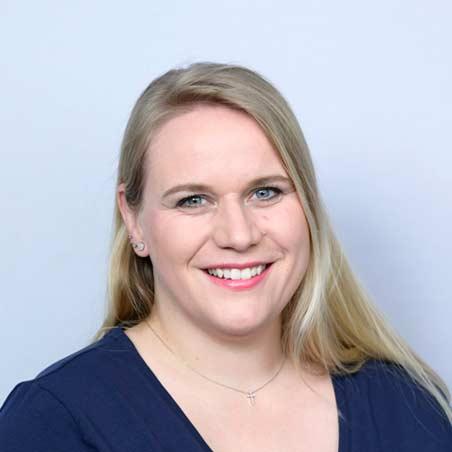 Karin Cavelti, Leitung / BuchhaltungMedizinische Praxisassistentin